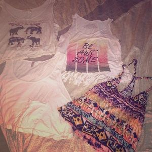 4 crop tops! All size S